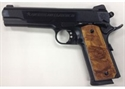 Picture of American Classic GOV II 1911 BLUE 45ACP 8+1 with NOVAK Rear sight and checkered wood grips